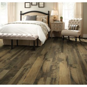 Bedroom laminate flooring | Leaf Floor Covering