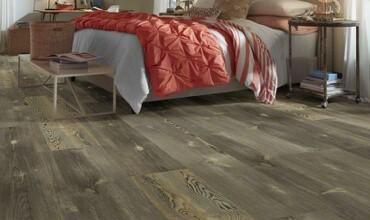 Luxury vinyl plank | Leaf Floor Covering