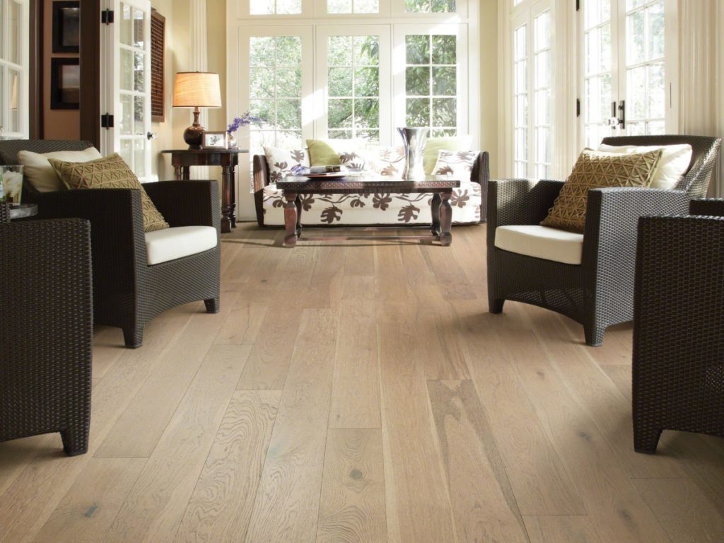 Laminate flooring   Leaf Floor Covering
