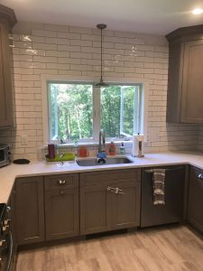 Kitchen Backsplash | Leaf Floor Covering
