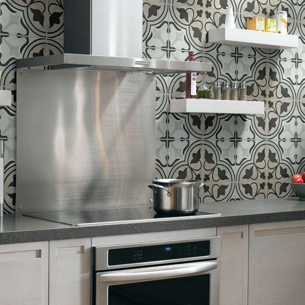 Accent Walls | Leaf Floor Covering